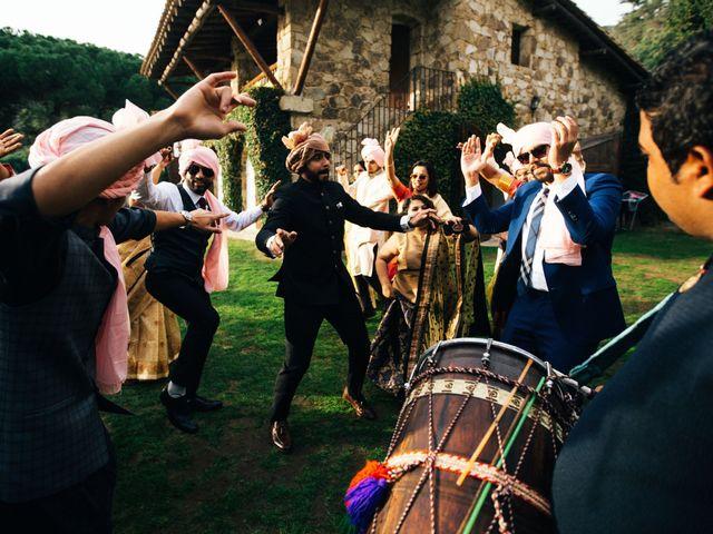 La boda de Ankit y Snehal en Sant Andreu De Llavaneres, Barcelona 30