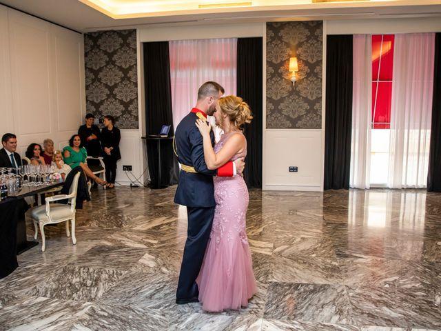 La boda de Santi y Rosabel en Sevilla, Sevilla 17