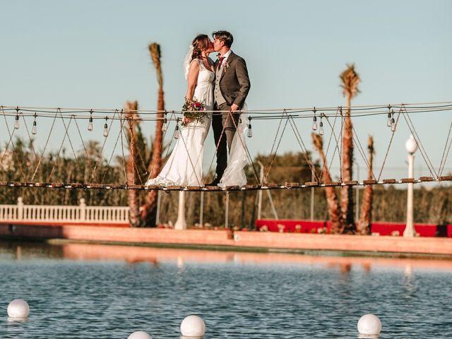 La boda de Laura y Alejandro en Elx/elche, Alicante 125