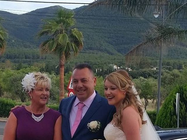 La boda de Jose Antonio y Samantha en Alhaurin El Grande, Málaga 102