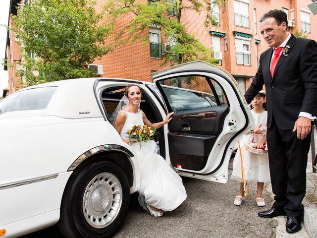 La boda de Raúl y Miriam en Madrid, Madrid 10