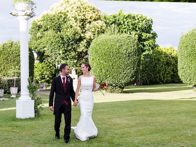 La boda de Raúl y Miriam en Madrid, Madrid 23