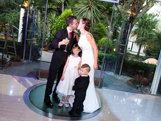 La boda de Raúl y Miriam en Madrid, Madrid 27