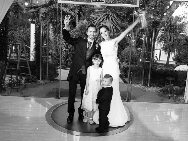 La boda de Raúl y Miriam en Madrid, Madrid 28