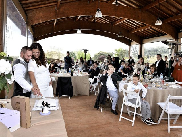 La boda de Brian y Beatriz en Sant Joan De Vilatorrada, Barcelona 24