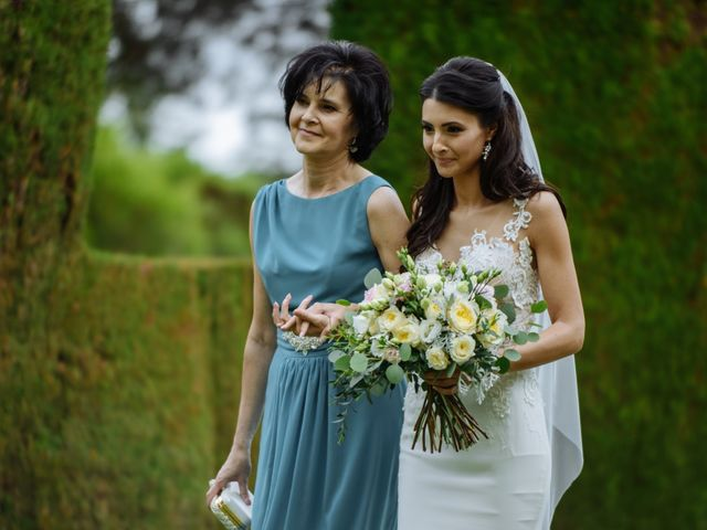 La boda de Thomas y Elena en Premia De Dalt, Barcelona 19