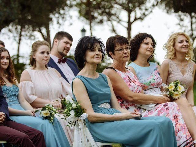 La boda de Thomas y Elena en Premia De Dalt, Barcelona 22