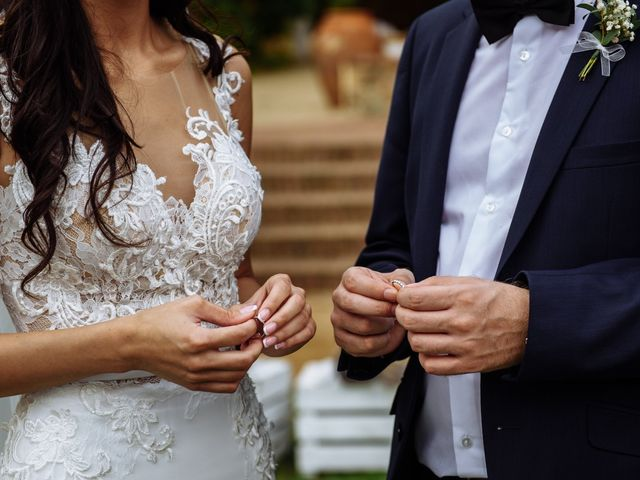 La boda de Thomas y Elena en Premia De Dalt, Barcelona 30