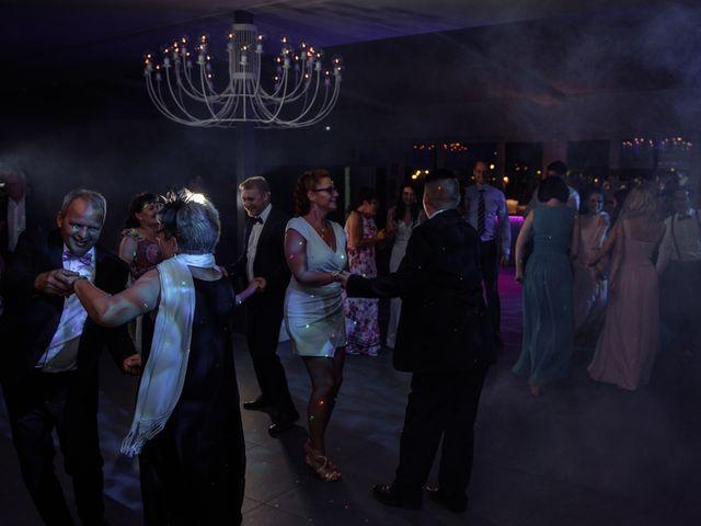 La boda de Thomas y Elena en Premia De Dalt, Barcelona 53