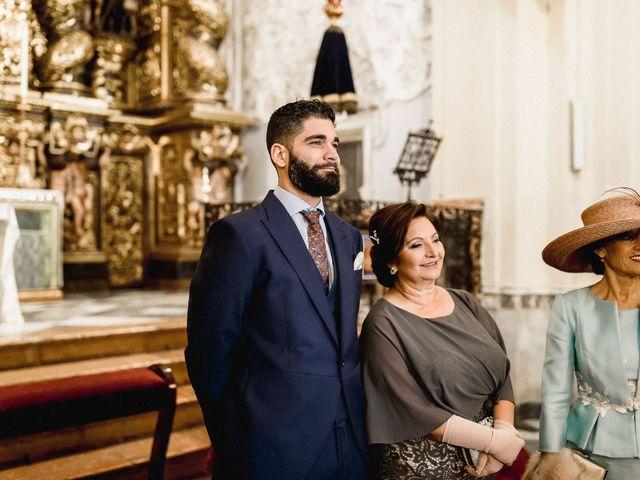 La boda de Alejandro y Mamen en Alcala De Guadaira, Sevilla 33