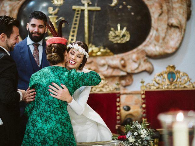 La boda de Alejandro y Mamen en Alcala De Guadaira, Sevilla 48