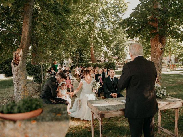La boda de Jose y Edurne en Santa Gadea Del Cid, Burgos 61