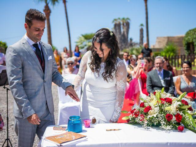 La boda de Ale y Ylenia en Santa Cruz De Tenerife, Santa Cruz de Tenerife 13