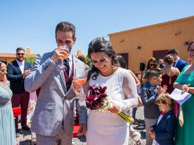 La boda de Ale y Ylenia en Santa Cruz De Tenerife, Santa Cruz de Tenerife 18