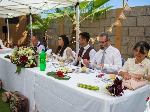 La boda de Ale y Ylenia en Santa Cruz De Tenerife, Santa Cruz de Tenerife 30
