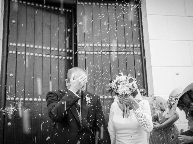 La boda de Elena y Jose Antonio en Chiclana De La Frontera, Cádiz 18