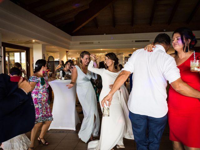 La boda de Elena y Jose Antonio en Chiclana De La Frontera, Cádiz 29