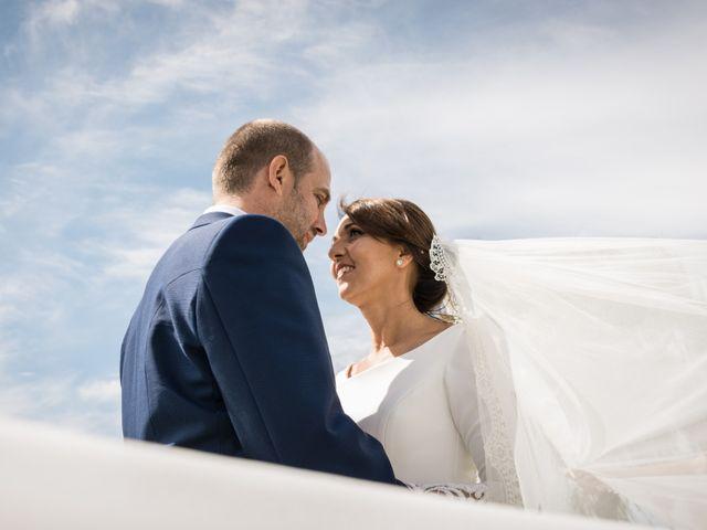 La boda de Elena y Jose Antonio en Chiclana De La Frontera, Cádiz 34
