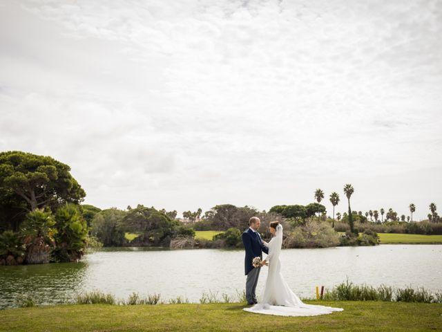 La boda de Elena y Jose Antonio en Chiclana De La Frontera, Cádiz 35