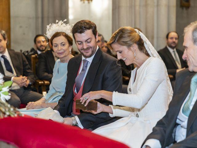 La boda de Jorge y Belén en Guadalix De La Sierra, Madrid 43