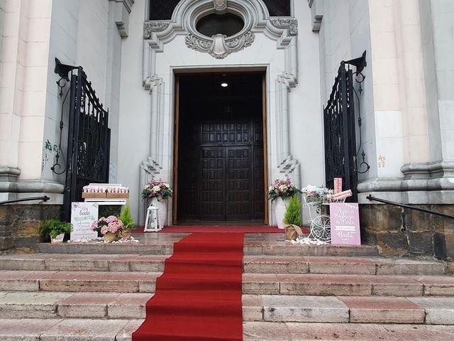 La boda de Dario y Melani en Oviedo, Asturias 10