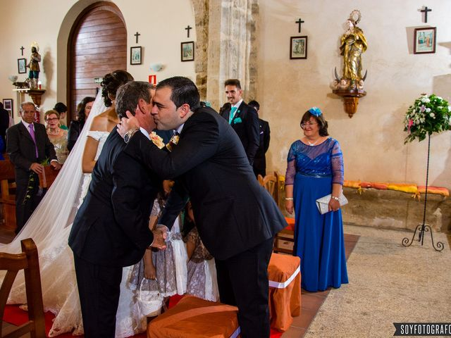 La boda de Jorge y Belén en Villar De Fallaves, Zamora 4