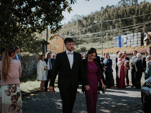 La boda de Pelayo y Jennifer en San Cucao, Asturias 29
