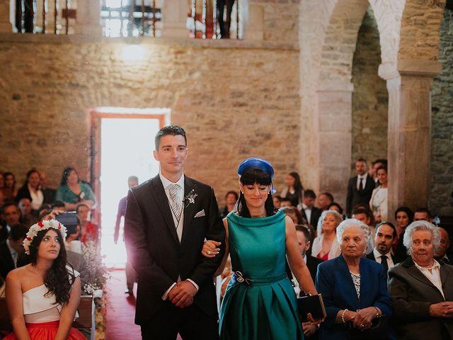 La boda de Pelayo y Jennifer en San Cucao, Asturias 33