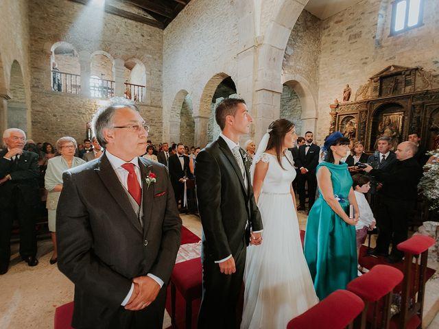 La boda de Pelayo y Jennifer en San Cucao, Asturias 44