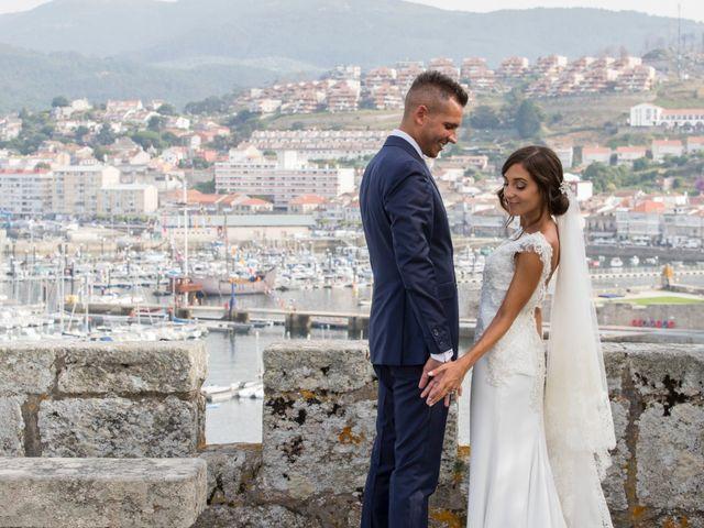 La boda de Rubén y Laura en Baiona, Pontevedra 34