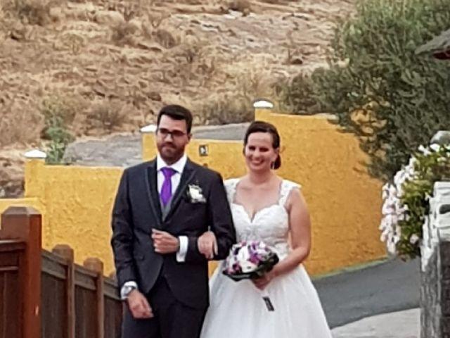 La boda de Ayoze y Dunia en Los Olivos, Las Palmas 1