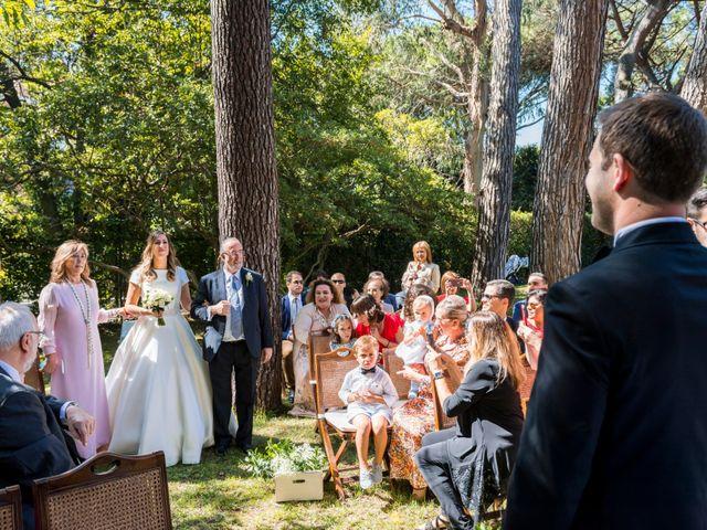 La boda de Mike y Andrea en Las Arenas, Vizcaya 35