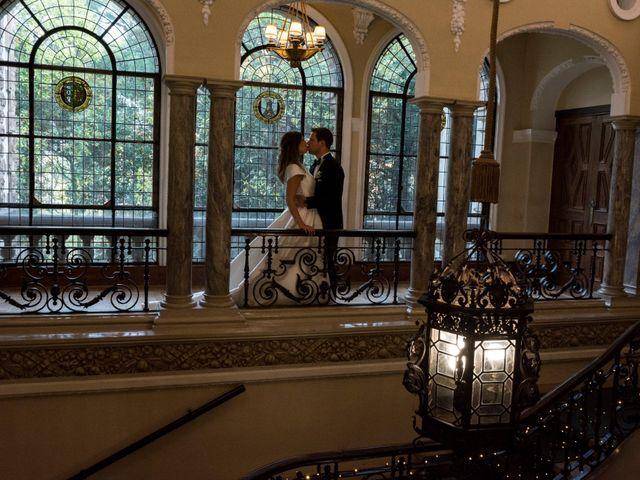 La boda de Mike y Andrea en Las Arenas, Vizcaya 55