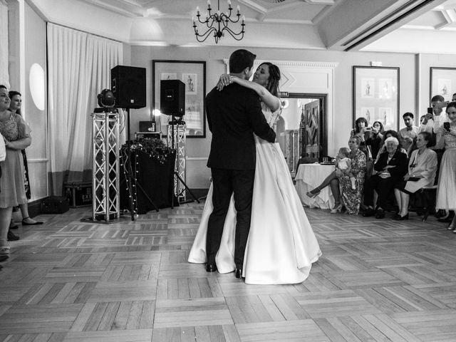 La boda de Mike y Andrea en Las Arenas, Vizcaya 60