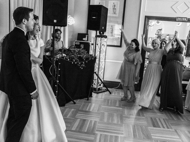 La boda de Mike y Andrea en Las Arenas, Vizcaya 67