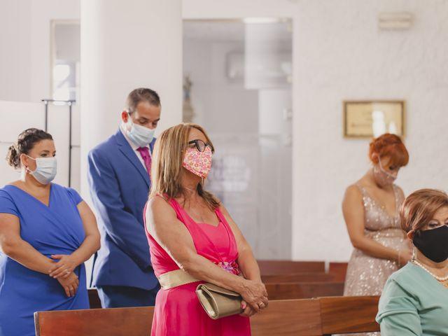 La boda de David y Vanesa en San Fernando, Cádiz 19