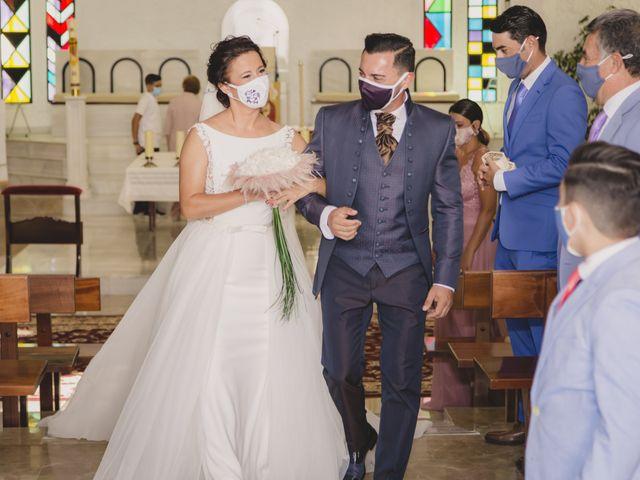 La boda de David y Vanesa en San Fernando, Cádiz 30