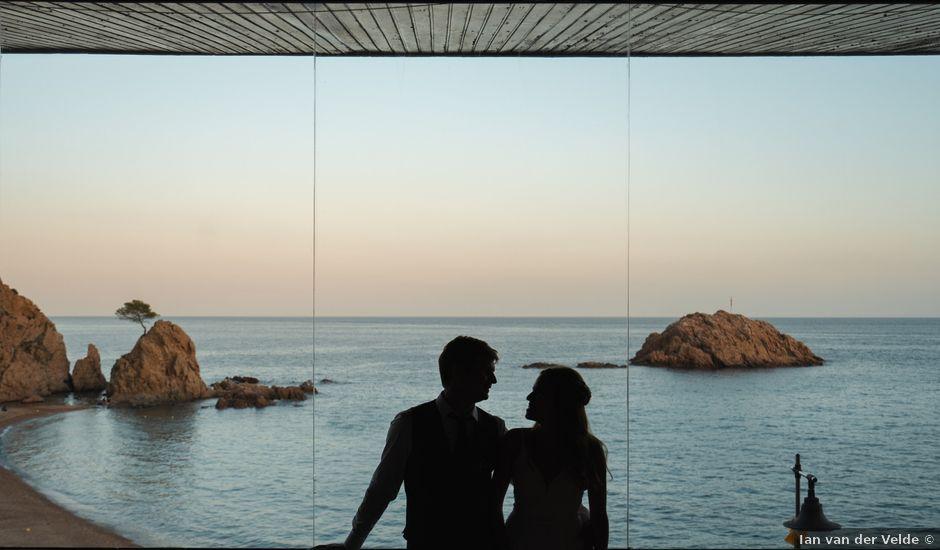 La boda de Agus y Michal en Tossa De Mar, Girona