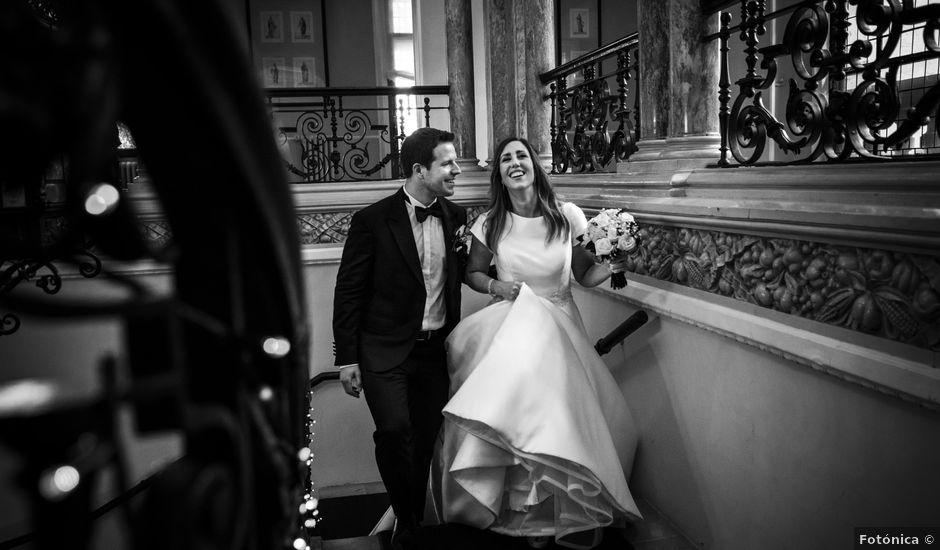 La boda de Mike y Andrea en Las Arenas, Vizcaya