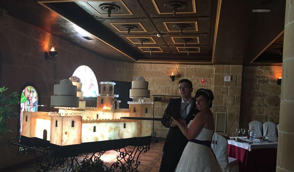 La boda de Jose Mari y Edurne en Zaragoza, Zaragoza