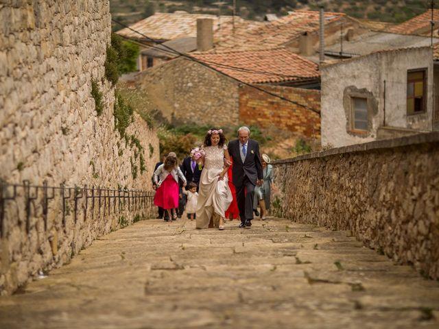 La boda de Cristian y Gemma en La Fatarella, Tarragona 39