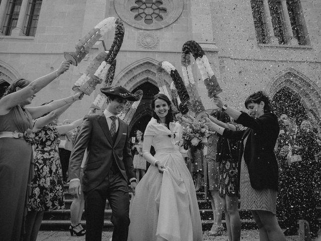 La boda de Iban y Silvia en Zeanuri, Vizcaya 32