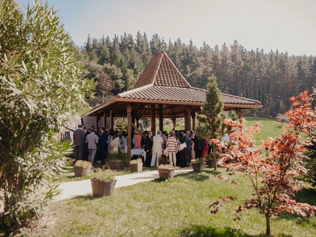 La boda de Iban y Silvia en Zeanuri, Vizcaya 65