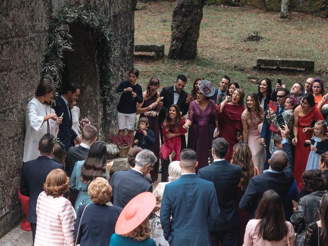 La boda de Cristian y Alba en Vigo, Pontevedra 50