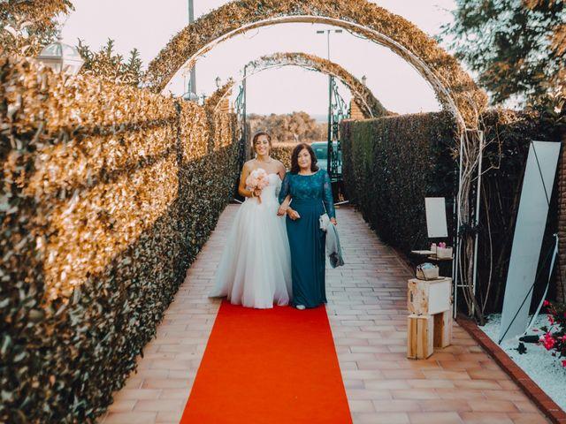 La boda de Joel y Paloma en Montbrio Del Camp, Tarragona 25