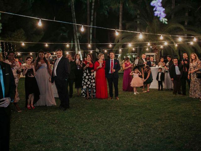 La boda de Alejandro  y Karla  en Oliva, Valencia 30