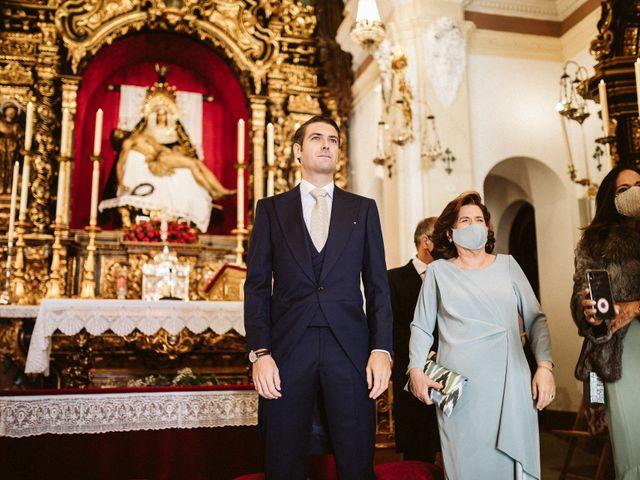La boda de Leandro y Alcira en Sevilla, Sevilla 37