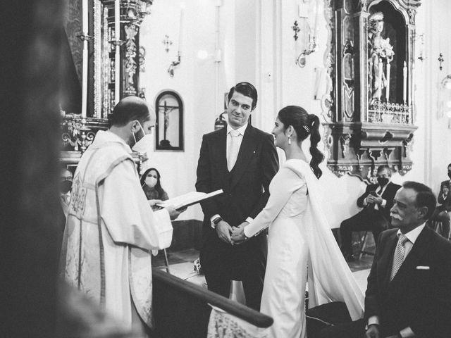 La boda de Leandro y Alcira en Sevilla, Sevilla 46