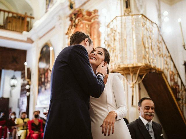 La boda de Leandro y Alcira en Sevilla, Sevilla 52