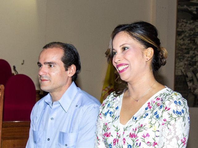 La boda de Raul y Lorena en Coria Del Rio, Sevilla 11